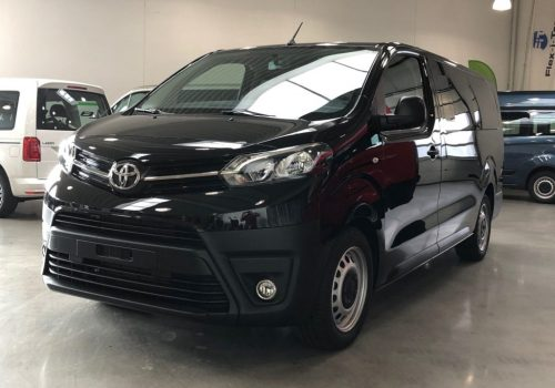Toyota Proace Verso_front